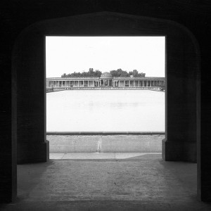 Eaton Park yacht pond from water gate [B567] 1933-05-18